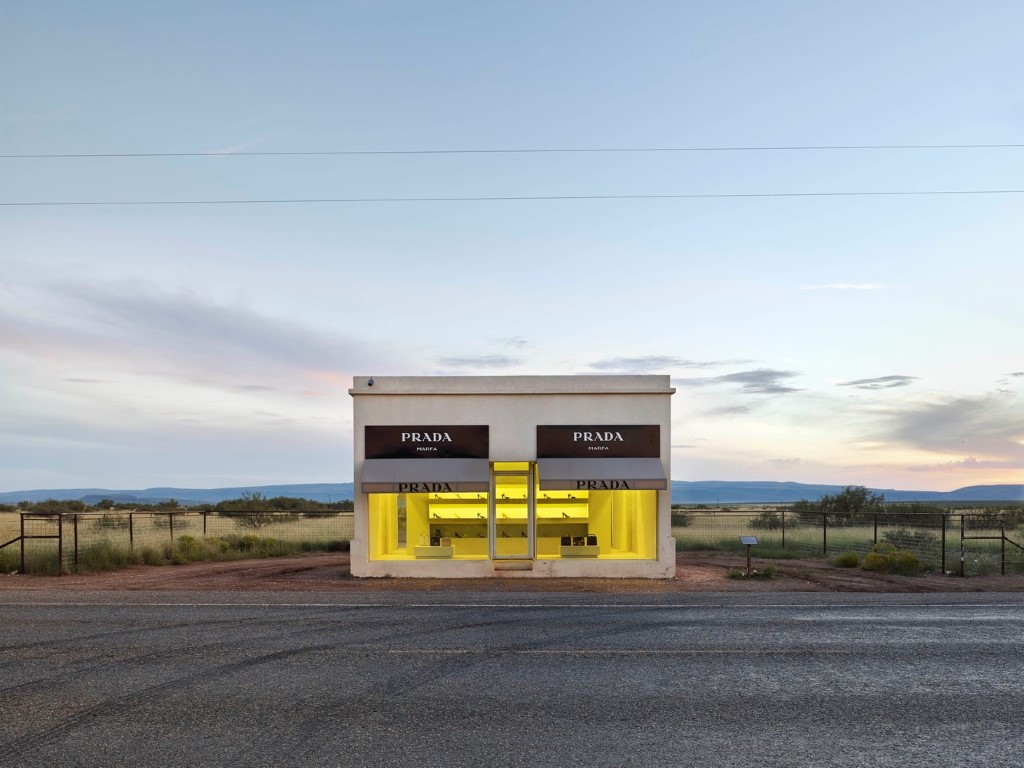 Project: Prada Marfa, Texas, USA by artists Elmgreen and DragsetPhotographer: Matthew Portch