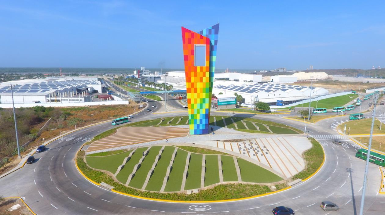 Multi-Colored Monument Clearly Reflects Local Culture and Industry - IGS Magazine -architecture - 4