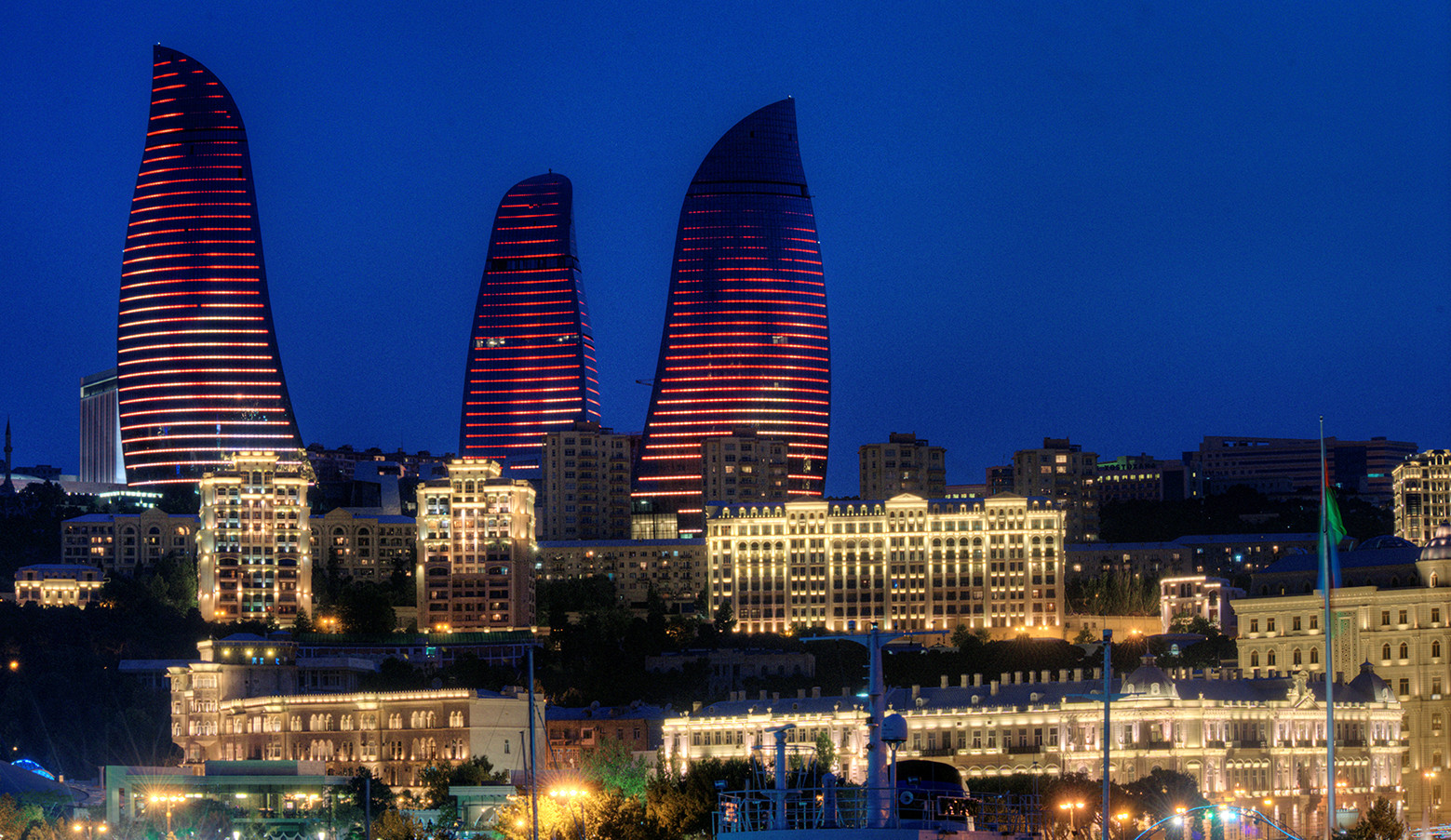 Baku Flame Towers - HOK - projects - igs magazine - 2