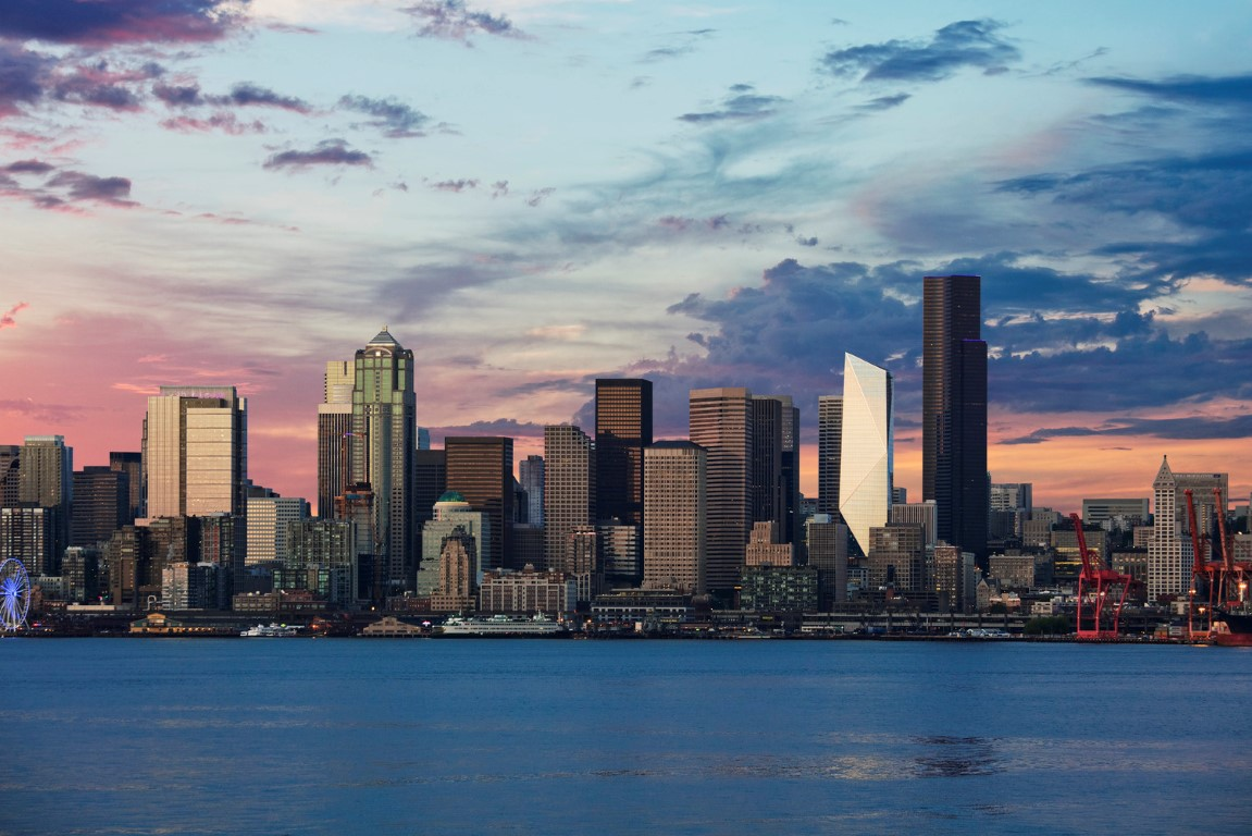 The_Mark_in_the_Downtown_Seattle_skyline_at_dusk_credit_Connie_Zhou