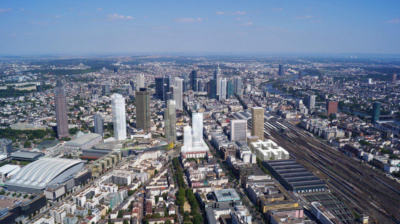 Frankfurt_Grand_Central_5