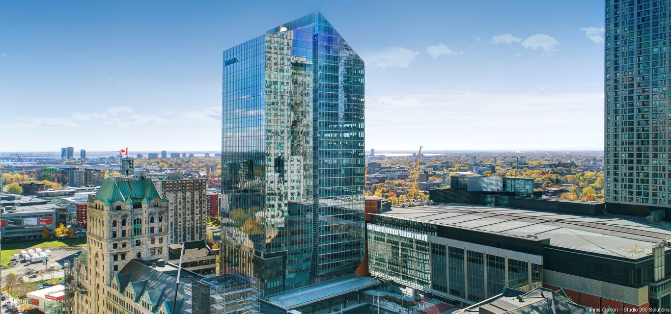 Monumental glass for a towering monument Deloitte Tower 1