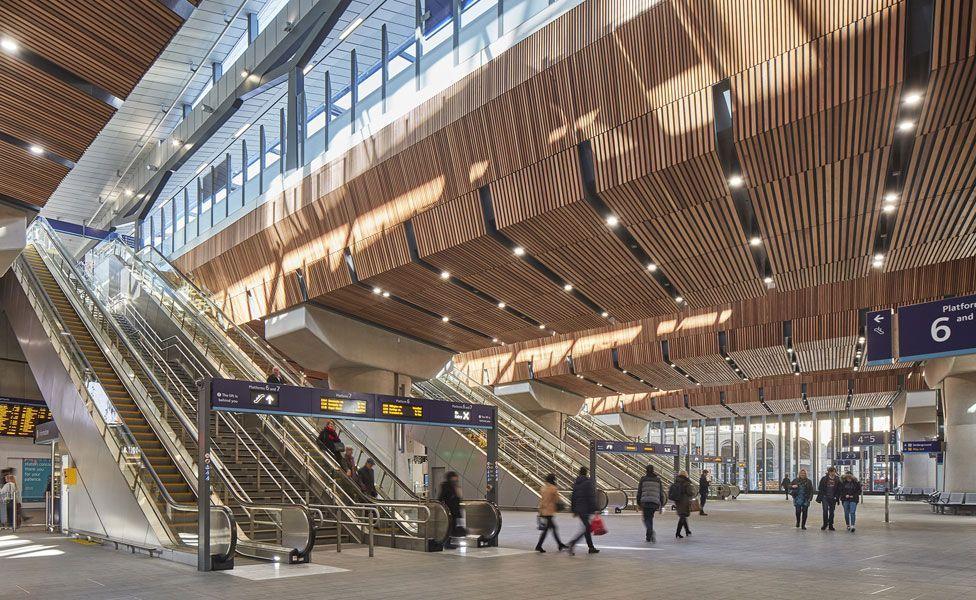 London Bridge Station / Grimshaw. Image © Paul Raftery