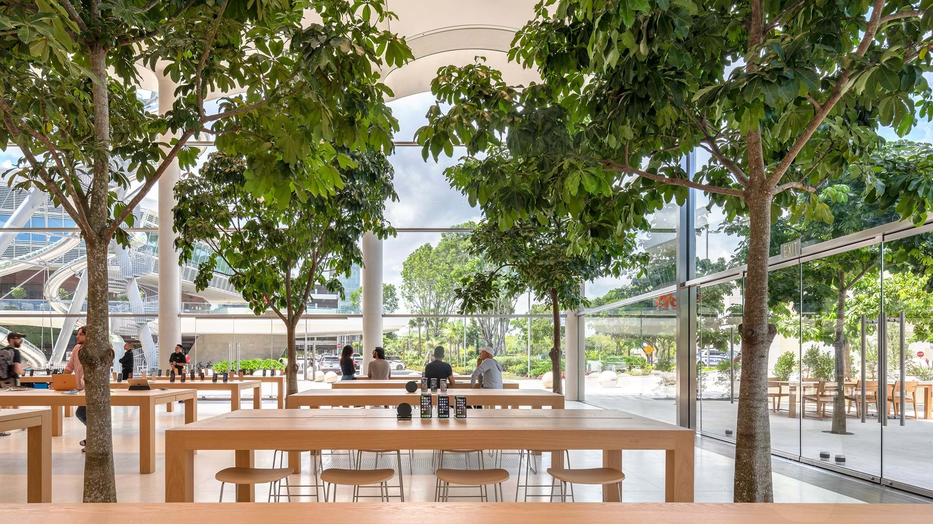 Apple Aventura Creates a New Social Focus for Miami_5