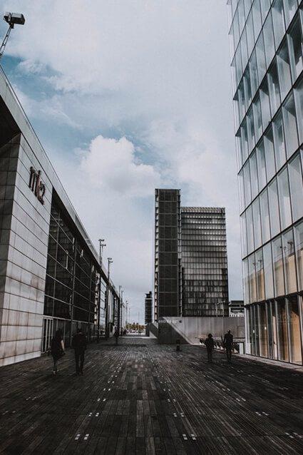Architectural glass at the Bibliothèque Nationale De Paris
