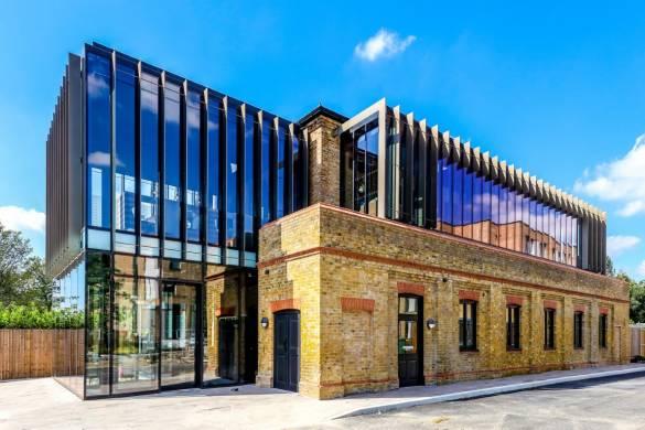 Pilkington: modern glazing brings new life to Victorian gatehouse