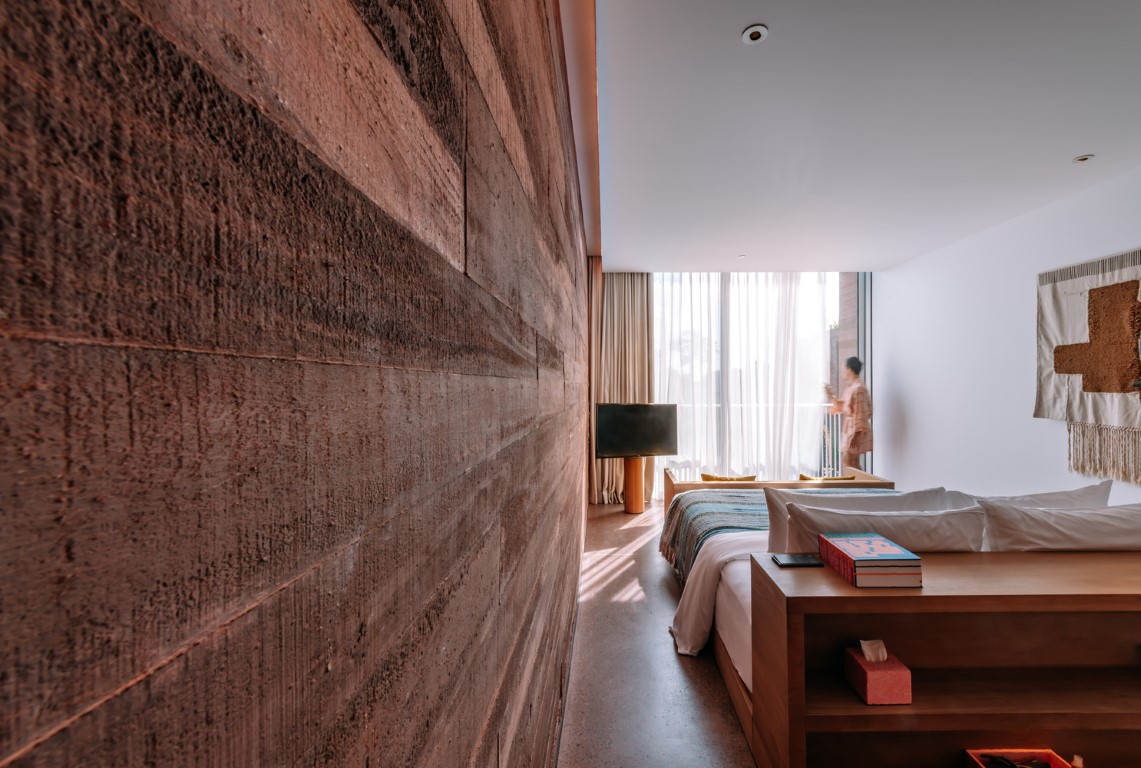 OMA / David Gianotten Completed its First Hotel in Bali, Indonesia