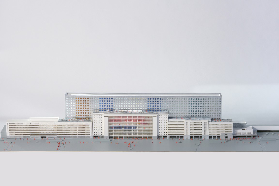 07_SNCB_Headquarters_photo_by_Frans_Parthesius_copyright_OMA