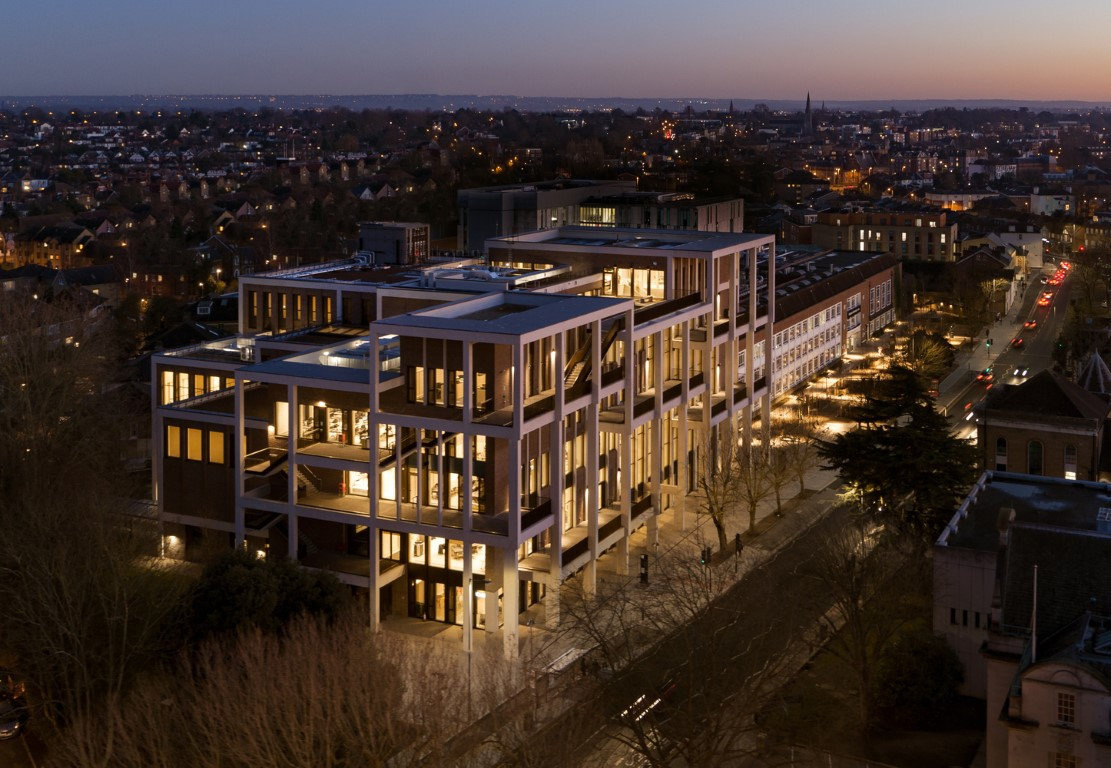 Kingston University Town House / Grafton Architects. Image © Ed Reeve
