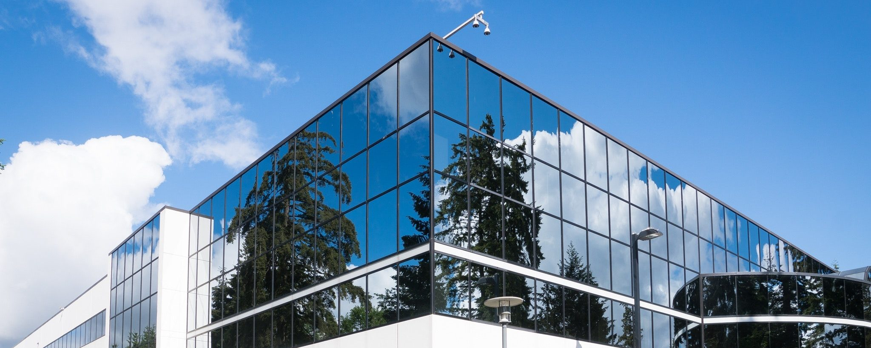 15120-architecture-blue-building-269077-e1588148610356