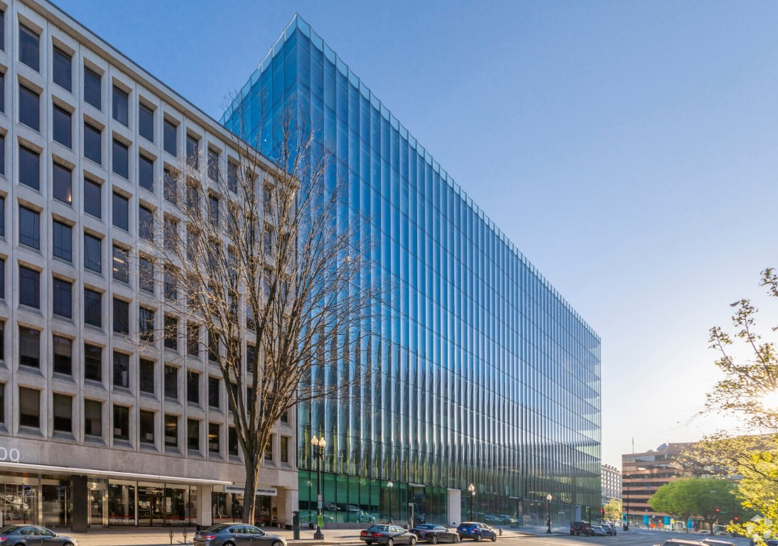 High Performance Glass Creates Kaleidoscope Effect at 2050 M Street in Washington DC