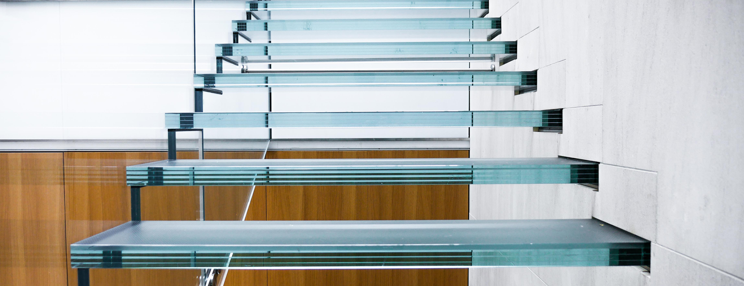 Three Reasons this All-Glass Staircase is World-Class
