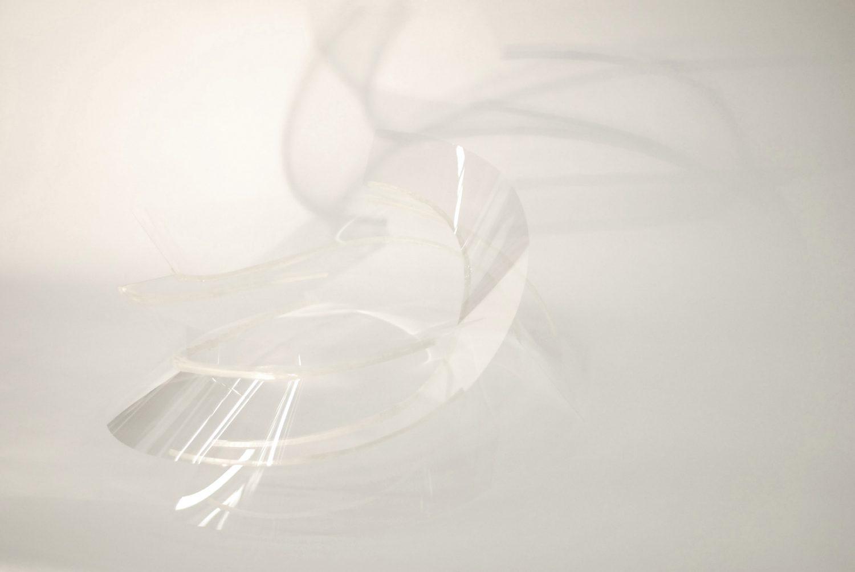 [3] Ultra-thin glass sculpture