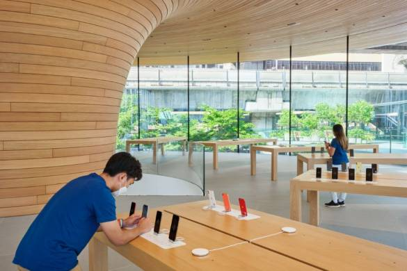 Apple Central World Bangkok | Foster + Partners