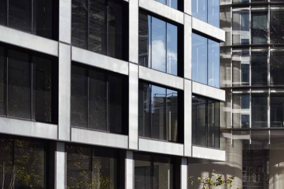 Glass Facade: Recycling and Reuse at 2 Bligh Street | Bates Smart