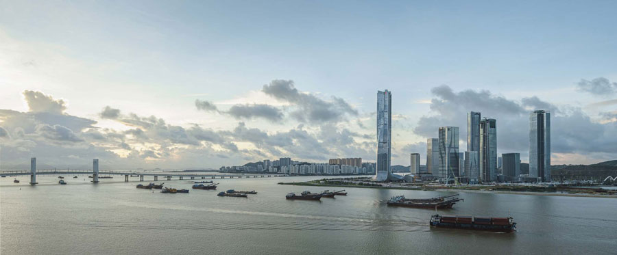 standing along the water boundary between Zhuhai and Macau. Image Courtesy of Aedas